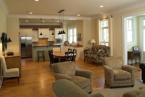 kuchnia połączona z salonem